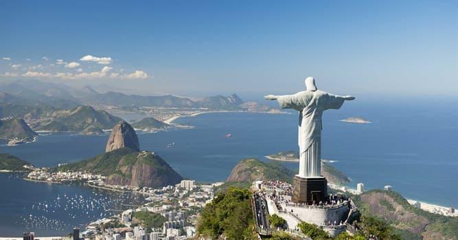 Geografía Pregunta Trivia: ¿Por qué a la estatua del Cristo Redentor en Río de Janeiro le faltan algunos dedos?