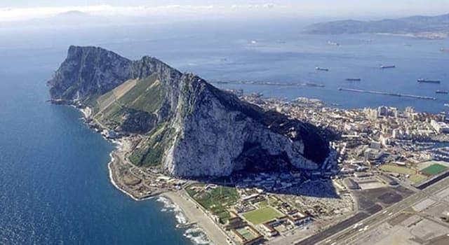Сiencia Pregunta Trivia: Según fuentes romanas y griegas, ¿qué figura mitológica creó el estrecho de Gibraltar?
