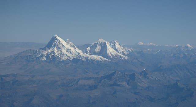 Geografía Pregunta Trivia: ¿Cómo se llama la montaña prohibida del Tíbet que jamás ha sido escalada?