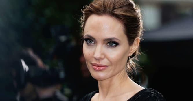 Películas Pregunta Trivia: ¿Cuál de estas películas NO protagonizó Angelina Jolie?