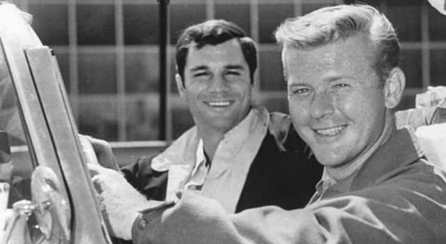 Películas Pregunta Trivia: ¿Cuál es el nombre de la serie de televisión que protagonizaban Martin Milner y George Maharis?