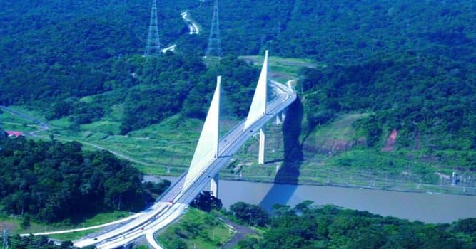 Geografía Pregunta Trivia: ¿Dónde está ubicado el Puente Centenario?
