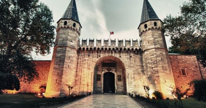 Historia Pregunta Trivia: ¿En qué año fue inaugurado el Palacio Topkapi ubicado en Turquía?