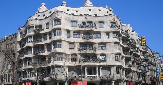 """Cultura Pregunta Trivia: ¿En qué país está la Casa Milá, llamada """"La Pedrera""""?"""