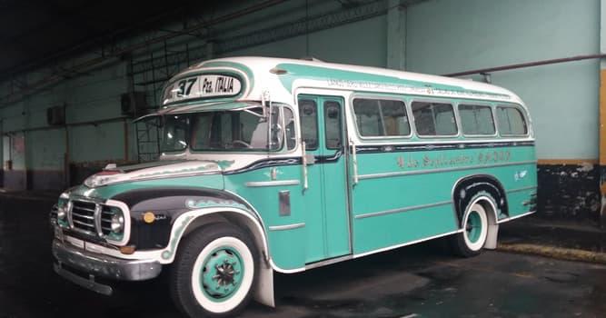 Sociedad Pregunta Trivia: ¿Por qué nombre se conoce en Argentina al transporte público automotor?
