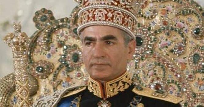 Historia Pregunta Trivia: ¿Qué emperatriz de Irán fue repudiada por el Sha Mohammad Reza Pahleví por ser estéril?