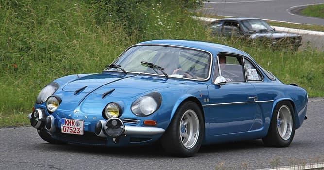 Sociedad Pregunta Trivia: ¿Qué modelo de automóvil Renault vemos en la imagen?