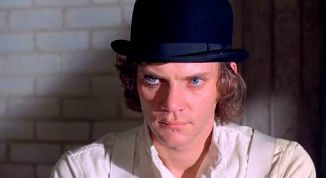 Películas Pregunta Trivia: ¿Qué película dirigió Stanley Kubrick en 1971 basada sobre un libro de Anthony Burgess?