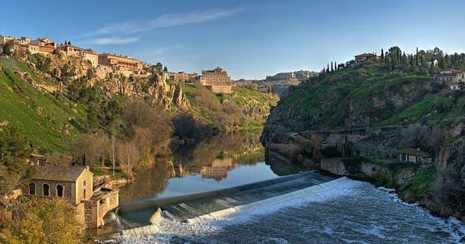 Geografía Pregunta Trivia: ¿Qué ciudad capital está a orillas del río Tajo?