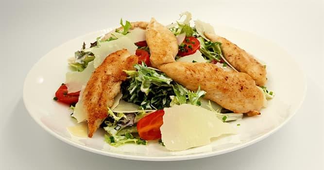 Cultura Pregunta Trivia: ¿Cuál de estos ingredientes no lleva la ensalada César?