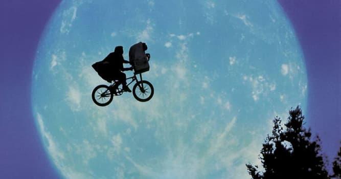 Películas Pregunta Trivia: ¿Quién dirigió la película E.T?