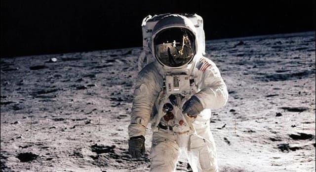 Historia Pregunta Trivia: ¿Cuál de las misiones Apolo tiene el récord de permanencia en la superficie de la Luna?
