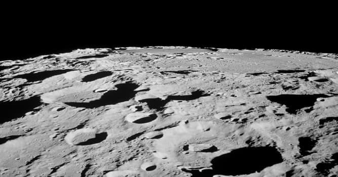 Сiencia Pregunta Trivia: ¿Cuál de las siguientes afirmaciones sobre la Luna es cierta?
