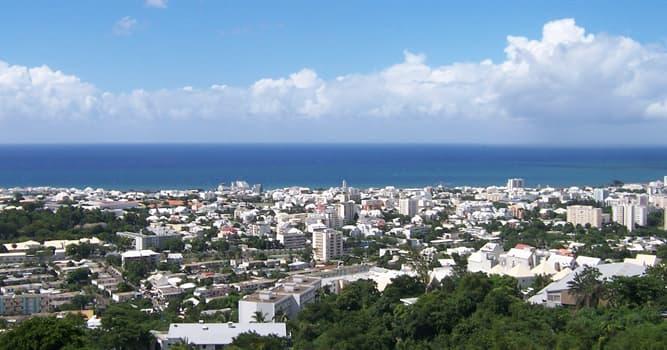 Sociedad Pregunta Trivia: ¿Cuál es la religión predominante en la isla de La Reunión, el departamento de ultramar francés?