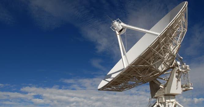 Сiencia Pregunta Trivia: En radioastronomía, ¿qué es una ráfaga rápida de radio?