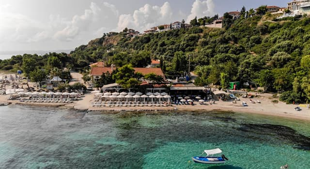 Geography Trivia Question: Which country does the island Chalkidiki belong to?