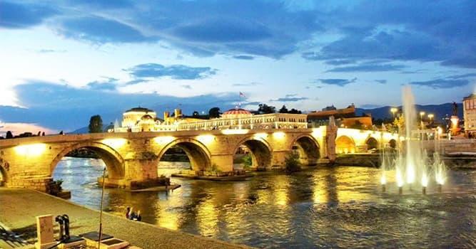 Geografía Pregunta Trivia: ¿Qué ciudad de la península balcánica se llamó Uskub o Uskup hasta el año 1912?