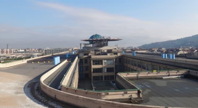 Cultura Pregunta Trivia: ¿Qué empresa automovilística tuvo una pista de pruebas en la terraza de un edificio hasta 1982?