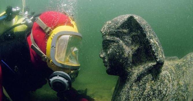 Historia Pregunta Trivia: ¿En qué año fue encontrada la antigua ciudad de Heracleion?