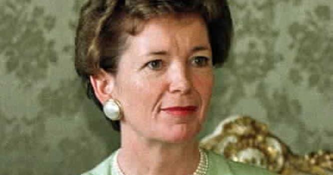 Sociedad Pregunta Trivia: ¿Quién es Mary Robinson?