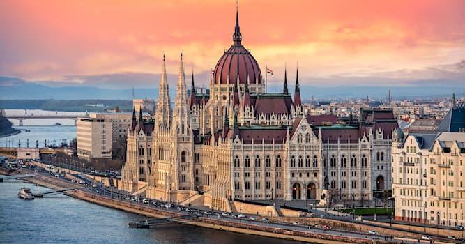 Geografía Pregunta Trivia: ¿Cuántas ciudades fueron la base histórica de la ciudad de Budapest?