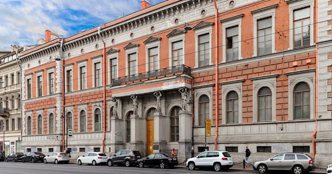 Культура Вопрос: Где в Санкт-Петербурге находился тот самый парадный подъезд из известного стихотворения Н. А. Некрасова?
