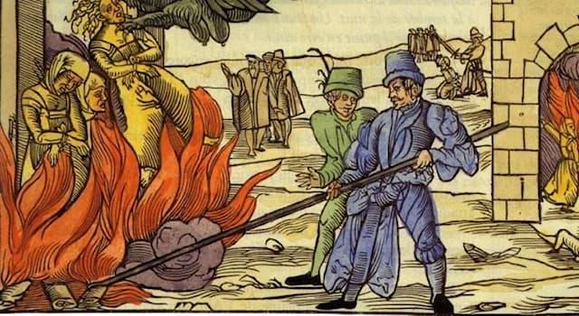 Культура Вопрос: Какое животное, по средневековым поверьям, способно жить в пламени?