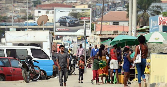 История Вопрос: Какой год был назван «годом Африки»?