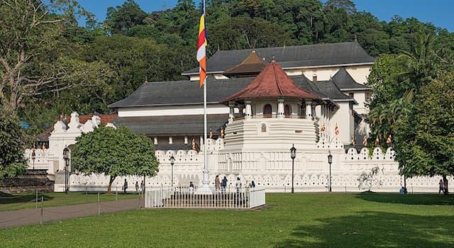 Культура Вопрос: В какой стране находится Храм Зуба Будды?