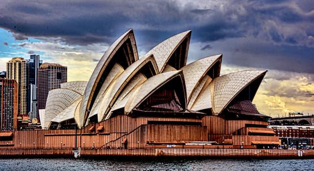 Культура Вопрос: В каком архитектурном стиле был построен Сиднейский оперный театр?