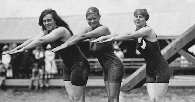 Спорт Вопрос: В каком году на летних олимпийских играх в соревнованиях по плаванию стали участвовать женщины?