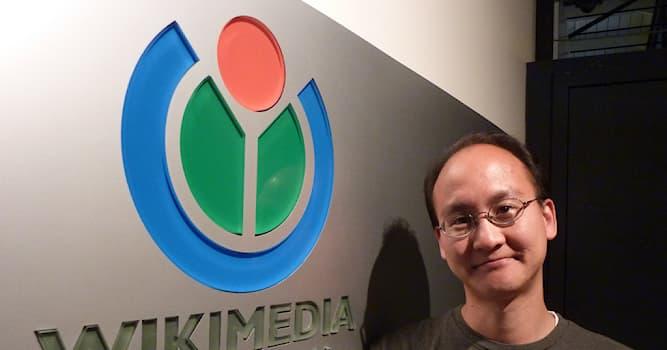 История Вопрос: В каком году основан Фонд Викимедия, который является владельцем проекта интернет-энциклопедии Википедия?