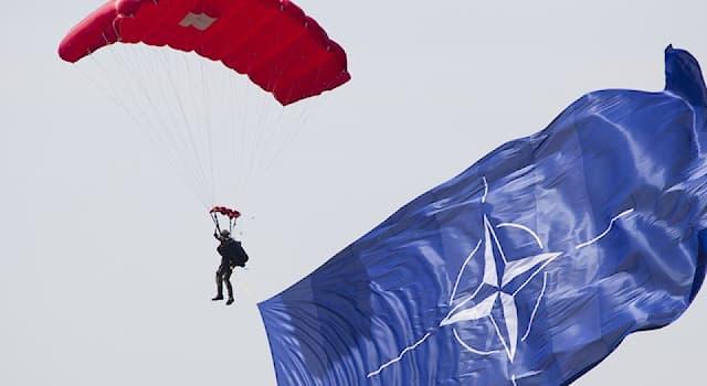Общество Вопрос: Где находится штаб-квартира НАТО?