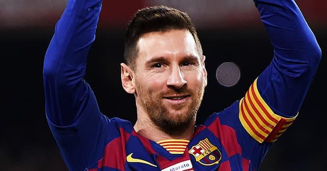 Спорт Вопрос: В каком виде спорта получил достижения этот спортсмен, изображенный на фото?