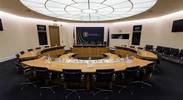 Общество Вопрос: Как называется парламент Ирландии?