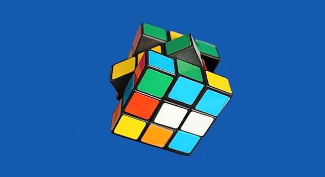 Спорт Вопрос: Как называются соревнования по скоростной сборке кубика Рубика?