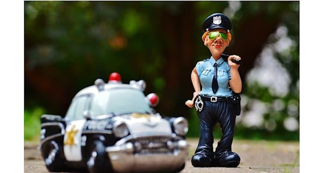 Общество Вопрос: Как в просторечии называют сотрудника полиции в Австралии?