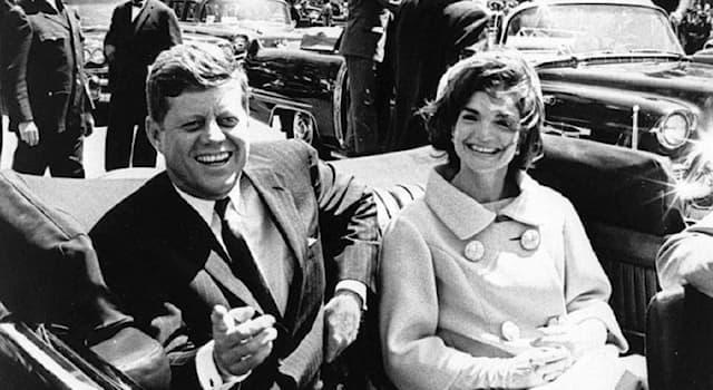 История Вопрос: Как звали единственного официального подозреваемого в убийстве 35-го президента США Джона Кеннеди?
