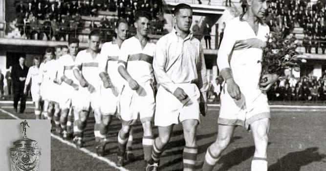 Спорт Вопрос: Какая команда стала первым чемпионом СССР по футболу?