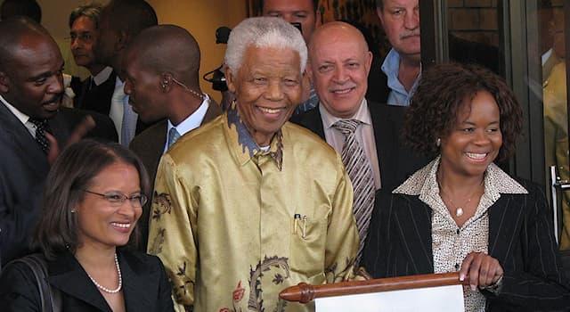 История Вопрос: Президентом какой страны был Нельсон Мандела?