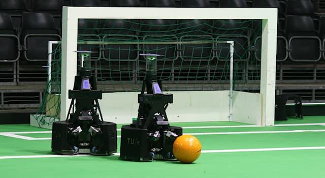 Спорт Вопрос: С какого года проводятся международные соревнования среди роботов RoboCup?