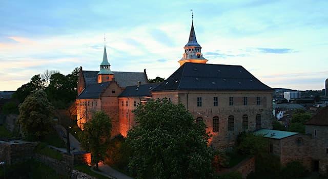 Культура Вопрос: В какой европейской столице находится замок и крепость Акерсхус?