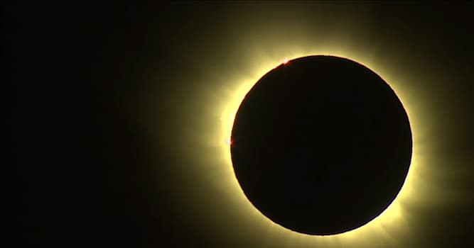 Science Trivia Question: What happens when the moon gets between Earth and the sun?