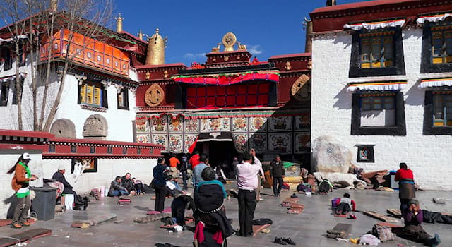 Geography Trivia Question: What is the capital city of the Tibet Autonomous Region?
