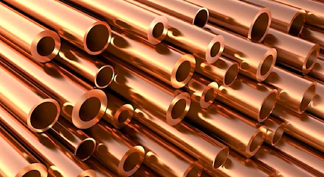 Science Trivia Question: Copper turns which colour when it oxidises in the open air?