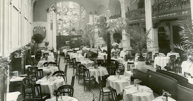 Общество Вопрос: Где появились первые рестораны?