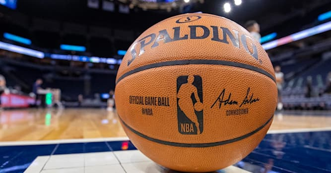 Sport Trivia Question: In 2019, which National Basketball Association team set a record of 51 points scored in the first quarter?