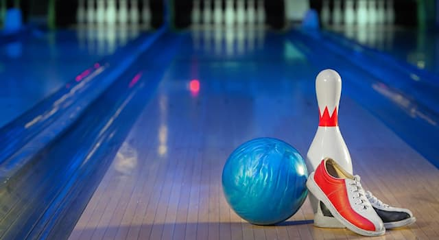 Sport Trivia Question: In ten-pin bowling games, what is the highest possible score?