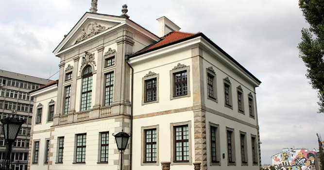 Culture Trivia Question: In which country is the Fryderyk Chopin Museum located?