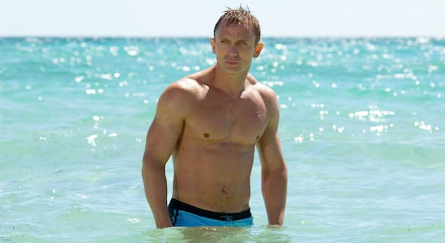 Movies & TV Trivia Question: In which of the listed James Bond films did Daniel Craig not suffer a serious injury whilst filming?
